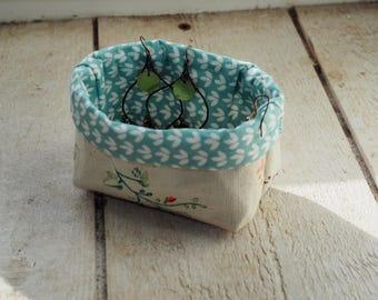 Tiny linen fabric