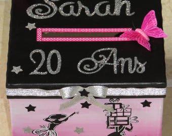 Birthday box, girl, little black dress, perfume, fashion, chic, Paris, shopping, pink color, black, glitter, customizable.