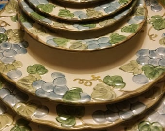 Vintage Sculptured Grapes 3 Dinner and 4 Salad Plates by Metlox - Poppytrail - Vernon Ware *  Granny dishes *