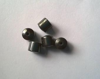 Set of 16 8mm Hematite barrels