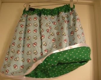Reversible Winter/ Christmas Theme Skirt with Penguins and Polka Dots Girls Size US 7, Cute Penguins, Green and White Polka Dots