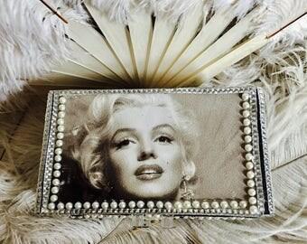 Marilyn Monroe makeup box