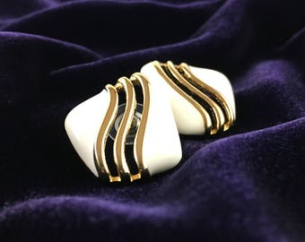 Vintage 80's Gold & Ivory Enameled S-wave Stud Style Statement Earrings