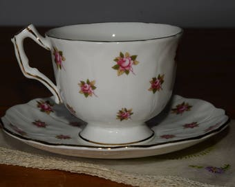 Aynsley, Bone China, Teacup, and saucer, Pink roses pattern, flowers, Gold Rimmed, England, Vintage, Cup, in mint condition