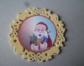 x 1 large embellishment painted wood Santa Claus yellow outline pattern 6,8 cm