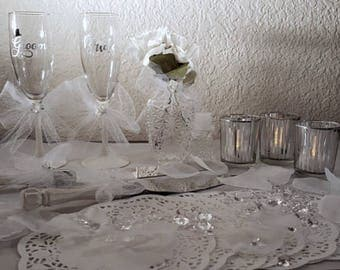 Bride and Groom Winter Decor White Champagne Flutes, Cake & Knife Server, Reception Sweetheart Table Destination Wedding, 1 Chic Magnolia