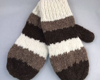 Three color natural wool mittens