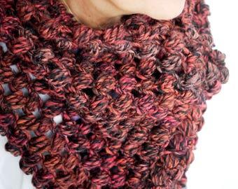 Elegant loop scarf//red-brown