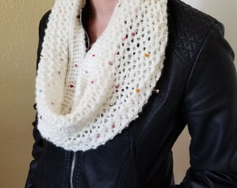 Knitting Infinity Scarf with Beads