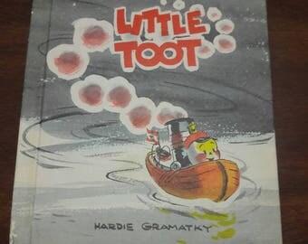 Little Toot by Hardie Gramatky, Illustrated Tugboat Book, Vintage Weekly Reader