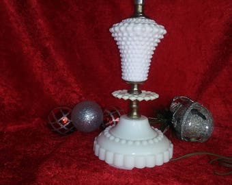 Vintage Hobnail Milk Glass Electric Lamp