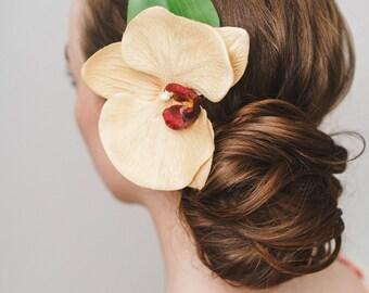 Bridal Hair, Bridal Hair Comb, Wedding Hair Comb, Bridal Flower headpiece, Bridesmaid headpiece, Wedding headpiece, Floral Hair Comb,