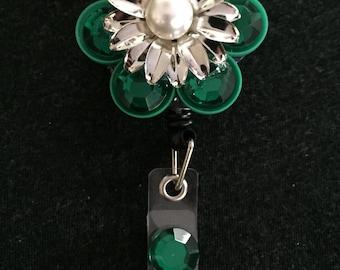 Metal Flower Medicine Cap Badge Reel