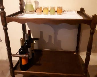 dining and drinks trolley