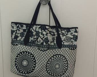 Classic blue and white tote bag