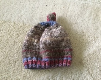 Hand knitted pull on knotted baby hat