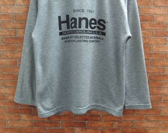 Rare!!Hanes North  Carolina USA Sweatshirt  Medium  Size