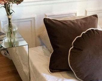 Cappuccino Velvet pillow - square