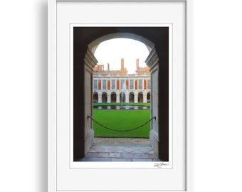 Fountain Court - Hampton Court Palace, Photography, Print