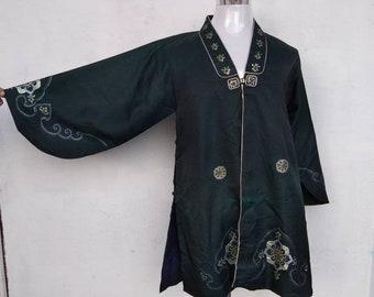 Vintage KIMONO SHORT/Kimono Jacket Short/Kimono Robe/Japanese Jacket/Kimono Coat/EMBROIDERY Logo/70s80s90s