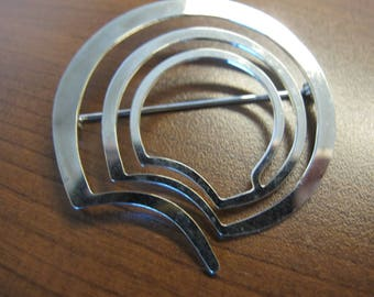 Silver Meditation Maze Pin