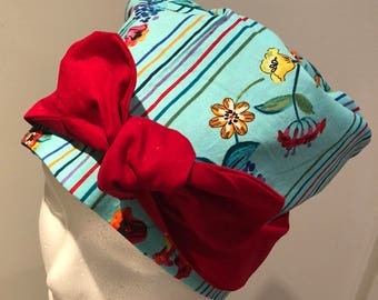 Reversible front bow scrub cap