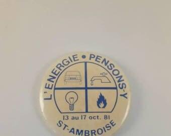 Vintage Montreal pinback button