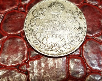 Canada George V 1933  Silver Ten Cents - VG+