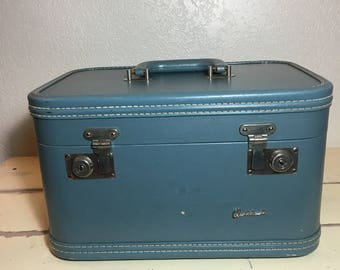 Vintage blue 1960s Oshkosh train case