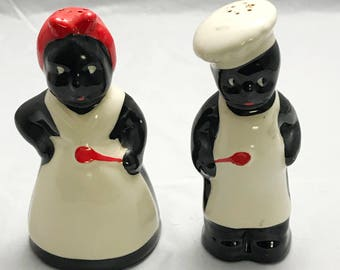 "Very Nice Set of 6"" Americana Salt and Pepper Shaker Set"