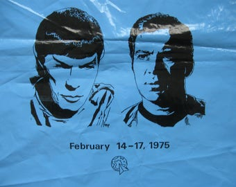 """RARE 1975 Star Trek Kirk Spock Plastic Tote bag from Convention 14"""" x 21"""" 2 sided"""