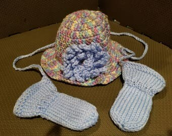 Multi-Color Baby Girl Brimmed Hat with Flower and Blue Thumbless Mittens