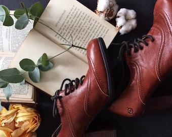 Born Leather Ladies Heels