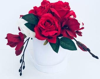 Stunning Artificial flower arrangement*wedding*gift*home decor*floral*bouquet