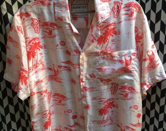 VINTAGE 100% L silk Hawaiian shirt