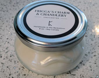 8oz White Unscented Soy Candle w/ Crystal Quartz Point