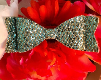 Light Turquoise Bow