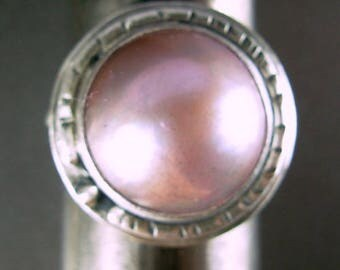 Pink mabe high dome pearl 925 sterling silver ring 9.25+ hand forged textured patina sterling silver jewelry artist Chelle' Rawlsky OOAK