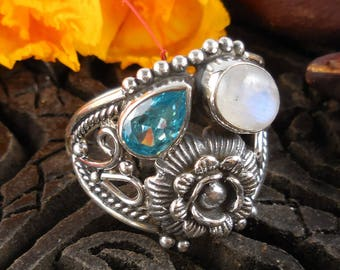 Moonstone & blue topaz sterling silver floral ring - size 8.75