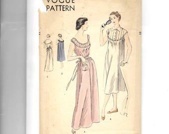 Vogue Nightgown Pattern 6922