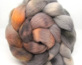 Hand Dyed Roving Combed Wool Top Whitefaced Woodland 100g WW39