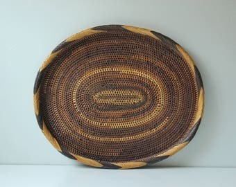 Vintage oval woven bamboo serving tray / basket / trivet /  tray wall decor