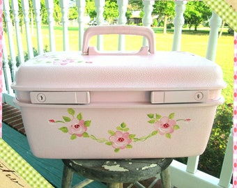 Train Case, Vintage, Shabby Chic Makeup Case, Travel Case, Luggage, Suitcase, Pink Roses, Cosmetic Case, Train Case