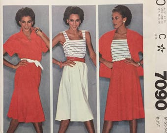 Misses' Top, Camisole, and Skirt Sewing Pattern McCall's 7090 Size 12 Bust 34 inches Complete Uncut FF