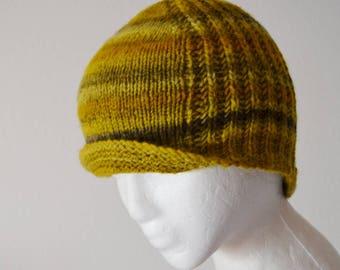 Reversible Hand Knit Merino Beanie. Textured Brioche Knit in Mustard Yellow & Gray. Faint Stripes  Handknit Handspun Merino Wool Beanie Fall