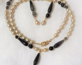 Green Goldstone and Pearl Necklace Set