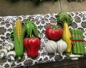 Pair of Vintage Homco/Home Interior Plastic Vegetable Kitchen Wall Hangings