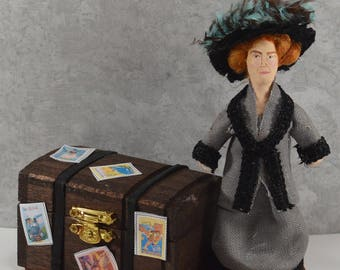 Gertrude Bell Historical Women World Traveller Art Miniature Diorama Art