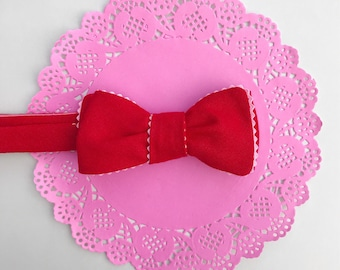 Red & pink linen bow tie // self tie bow tie for men and women // cupid loves this bow tie