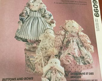 McCalls 6099 Country Novelty Hair and Babies Pattern uncut, 16 inch and 11 inch dolls